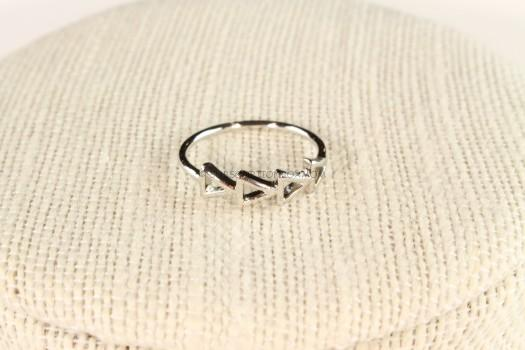 Sophie Harper Multi Triangle Ring in Silver