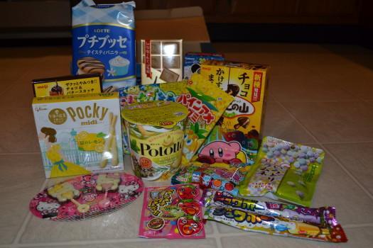 Okashi Connection Sumo Box April Review