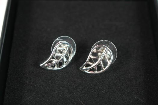"Brooklyn ""Sublime"" Leaf Stud Earrings"