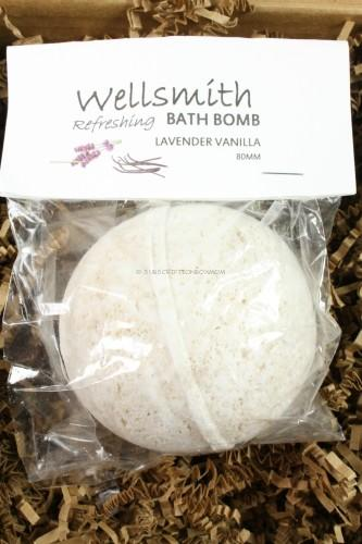 Wellsmith Extra Large Bath Bomb in Vanilla/Lavender
