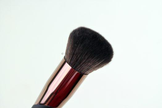 Luxie 732 Airbrush Foundation Brush
