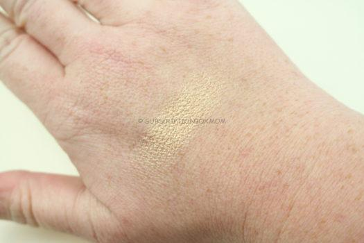 Pretty Vulgar Shimmering Swan Highlighter – Sparkling Sass